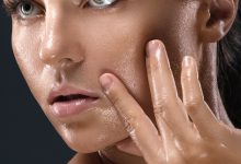 Photo of BENEFITS OF LAVENDER OIL MIXED WITH ICE CUBES ON OILY SKIN